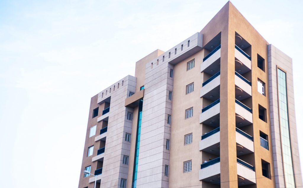Al-Mashtal Street Building